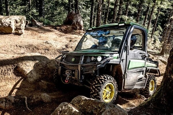 Full-Size Gator™ XUV Crossover Utility Vehicles Photo