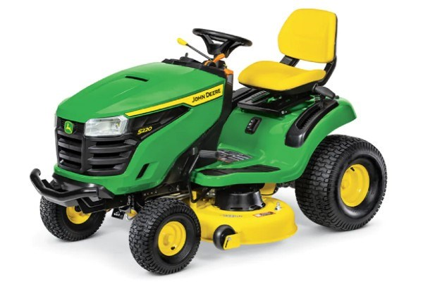 200 Series Lawn Tractors Photo