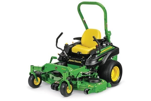 Commercial ZTrak™ Zero Turn Mowers Photo