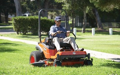Turf   Model Zero-Turn Mowers for sale at Grower's Equipment, South Florida