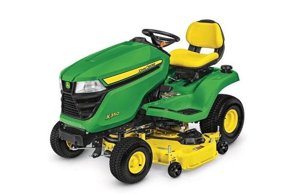 Lawn Tractors Photo