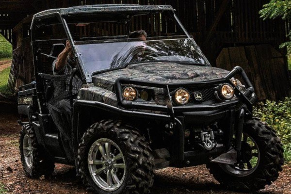 Mid-Size Gator™ XUV Crossover Utility Vehicles Photo