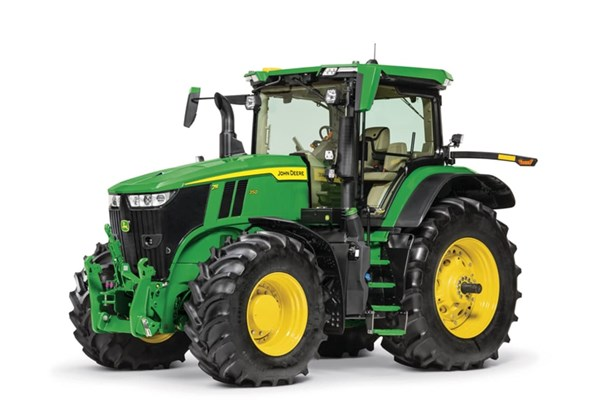7R 350 Tractor Photo