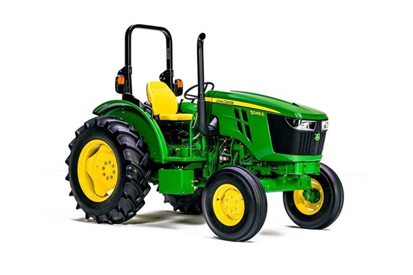 5045E Utility Tractor Photo