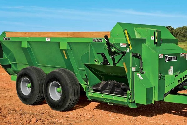 MS23 Series Side-Discharge Manure Spreaders Photo