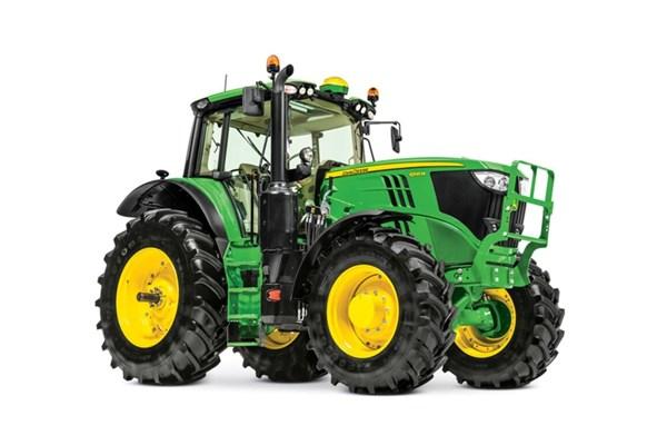 6195M Tractor Photo
