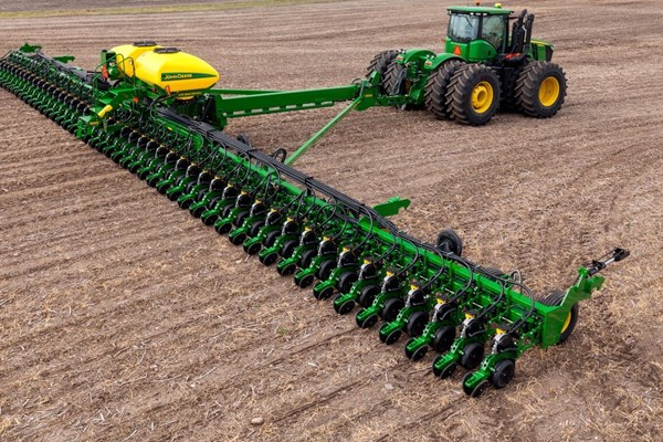 DB88 48Row22 Planter Photo