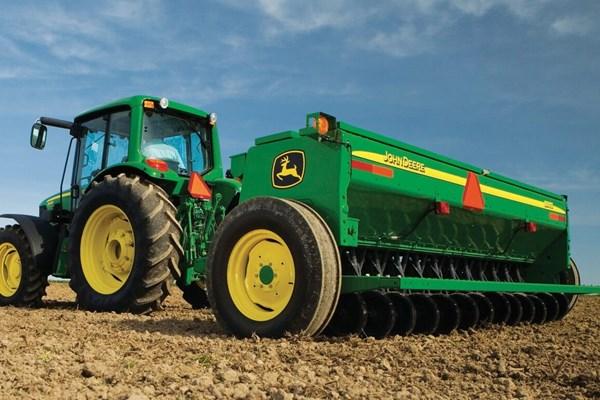 BD11 Series End-Wheel Grain Drills Photo