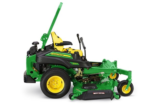 Z930R ZTrak™ Zero-Turn Mower Photo