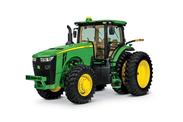 8245R Tractor Photo