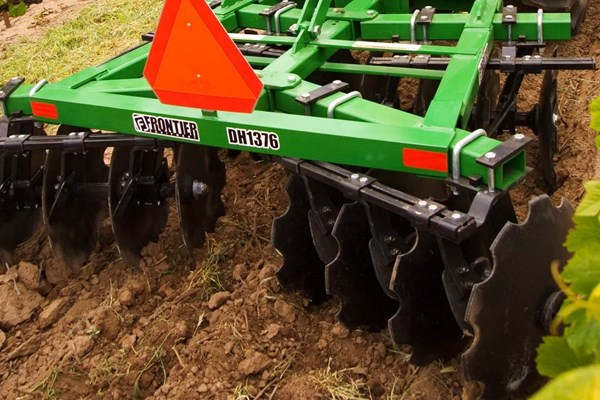DH13 Series Disk Harrows Photo