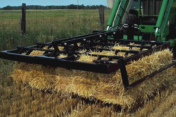 AB16 Series Bale Forks Photo
