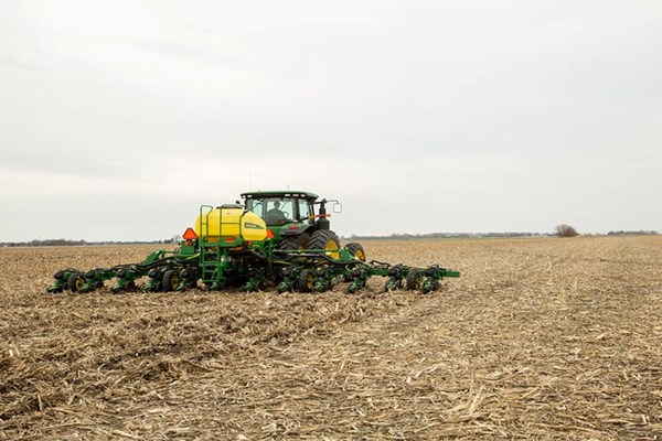 DR12 Planter Photo