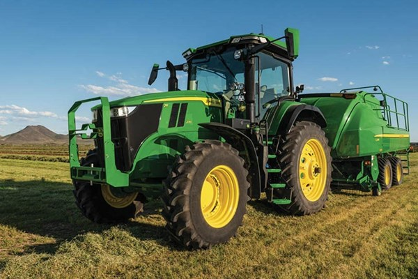 7R 270 Tractor Photo