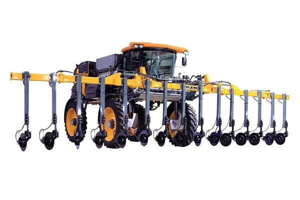 STS10 Hagie™ Self-Propelled Sprayer Photo
