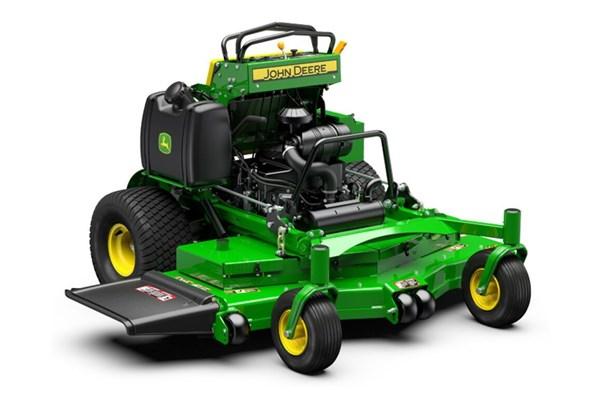 661R QuikTrak™ Stand-On Mower Photo